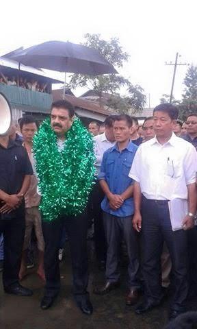 Ashok Prasad visiting Churachandpur on September 22. Credit: Special Arrangement
