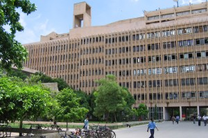 IIT Delhi. Credit: Bryn Pinzgauer/Flickr, CC BY 2.0