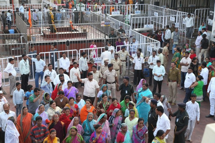 Supporters gathered at Shani Shingnapur temple to support trust of temple on Tuesday. Credit: PTI
