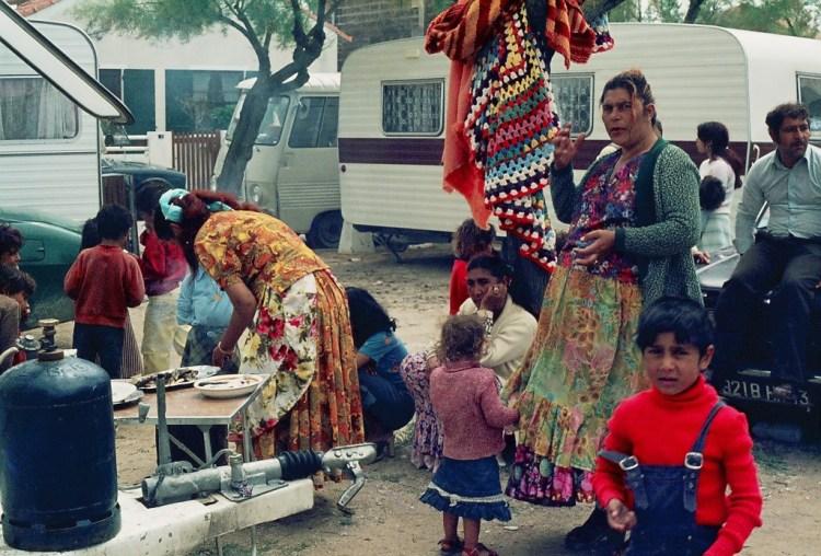 Roma community. Credit: Wikimedia Commons