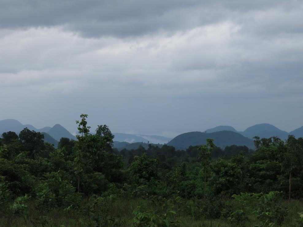 The mountains of Kalahandi and Rayagada host Adivasi villages, dense forests, and large bauxite deposits. Photo credit: Chitrangada Choudhury.
