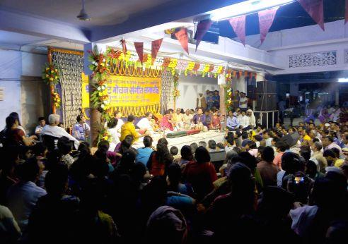 Rajan and Sajan Mishra perform Raga Bhatiyar at dawn on May 2.
