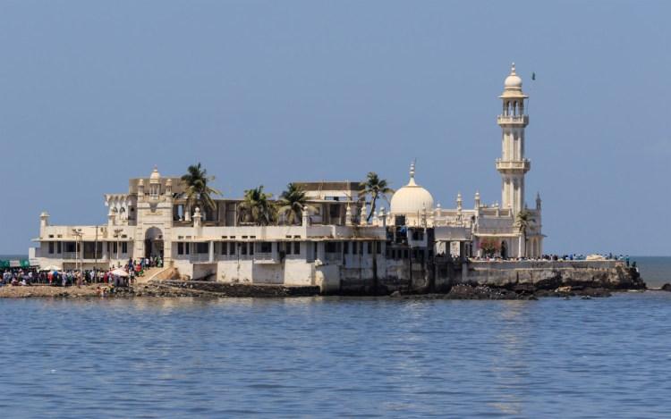 Haji Ali Dargah's inner sanctum was closed to women in 2012. Credit: Wikimedia
