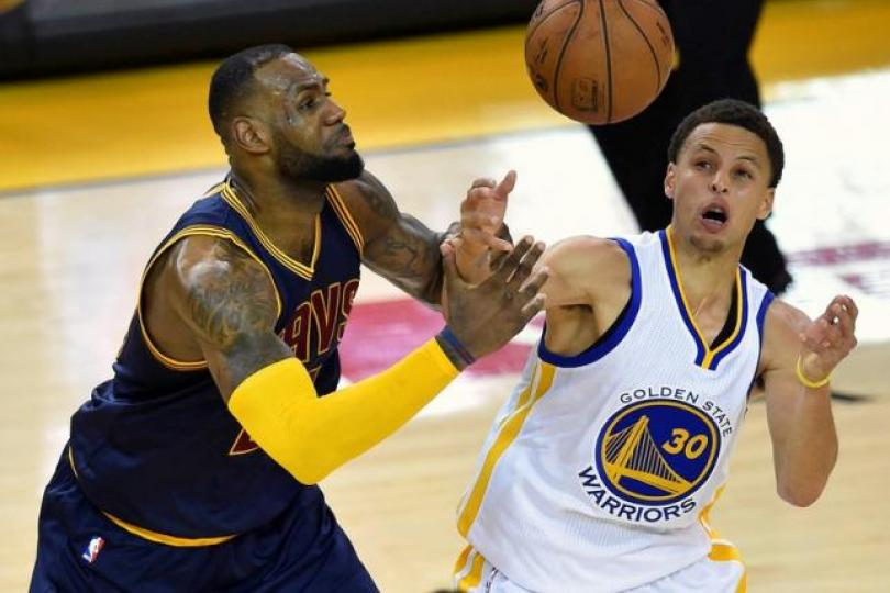 LeBron James and Stephen Curry. Credit: Reuters