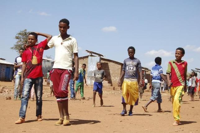 Eritrean refugees play at Mai-Aini Refugee Camp in northern Ethiopia, November 17, 2013. Credit: Reuters/Aaron Maasho