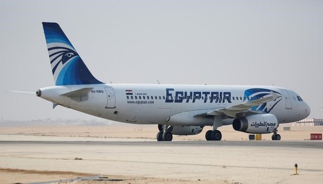 An EgyptAir Airbus A320-200 plane lands on the runway at Cairo Airport, Egypt July 13, 2016. REUTERS/Amr Abdallah Dalsh/Files