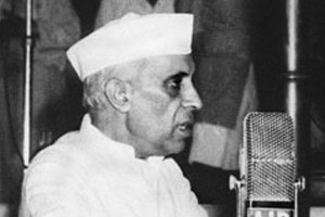 Jawaharlal Nehru speaking on the eve of India's independence. Credit: Wikimedia Commons