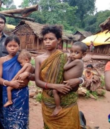 Women with their children in Nagada. Source: Sarada Lahangir