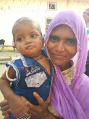 Imrana Khatoon with her son. Credit: Jahnavi Sen