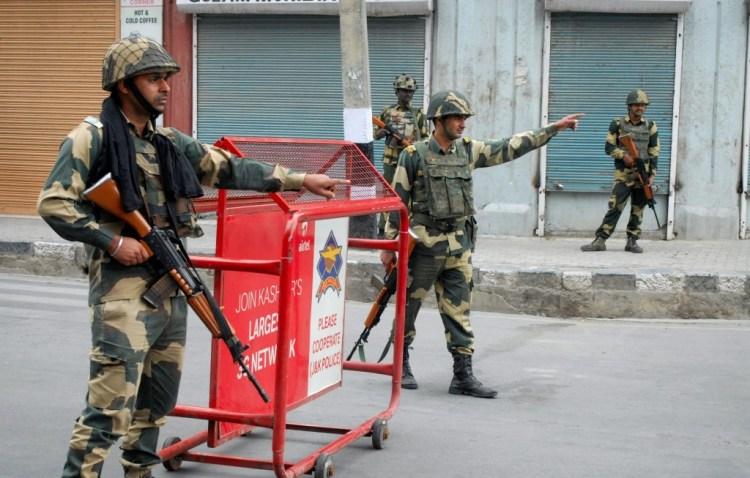 Srinagar: BSF Jawans guard the streets during curfew in Srinagar on Monday, August 22. Credit: PTI