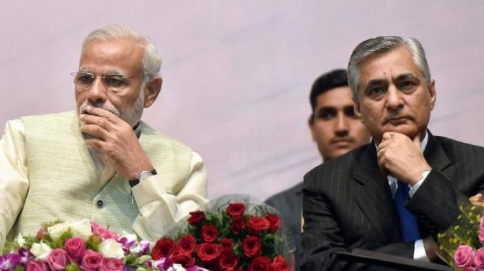 Prime Minister Narendra Modi and Chief Justice of India T.S.Thakur. Credit: PTI
