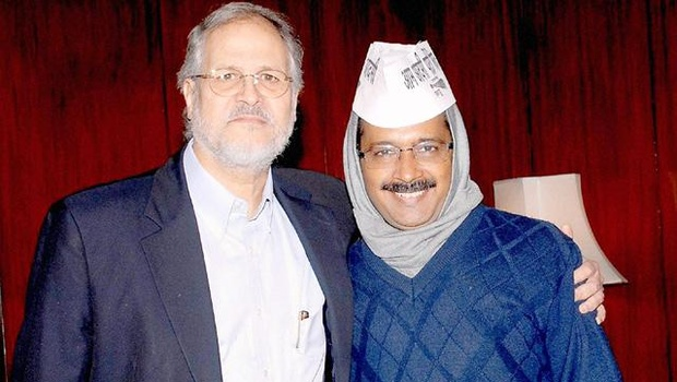 File photo of Delhi lieutenant governor Najeeb Jung with chief minister Arvind Kejriwal. Credit: PTI