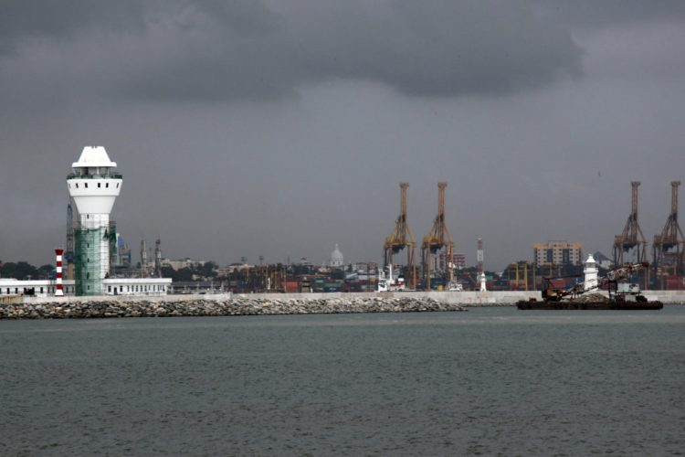 Colombo port. Credit: Asian Development Bank/Flickr CC BY-NC-ND 2.0