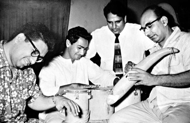 A young Kersi Lord (extreme left), with his father Cawas Lord (extreme right) and music director Shankar, (second from right)
