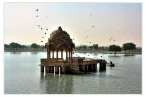 Gadsisar Lake in Jaisalmer. Credit: Daniel Mennerich/Flickr CC BY-NC-ND 2.0