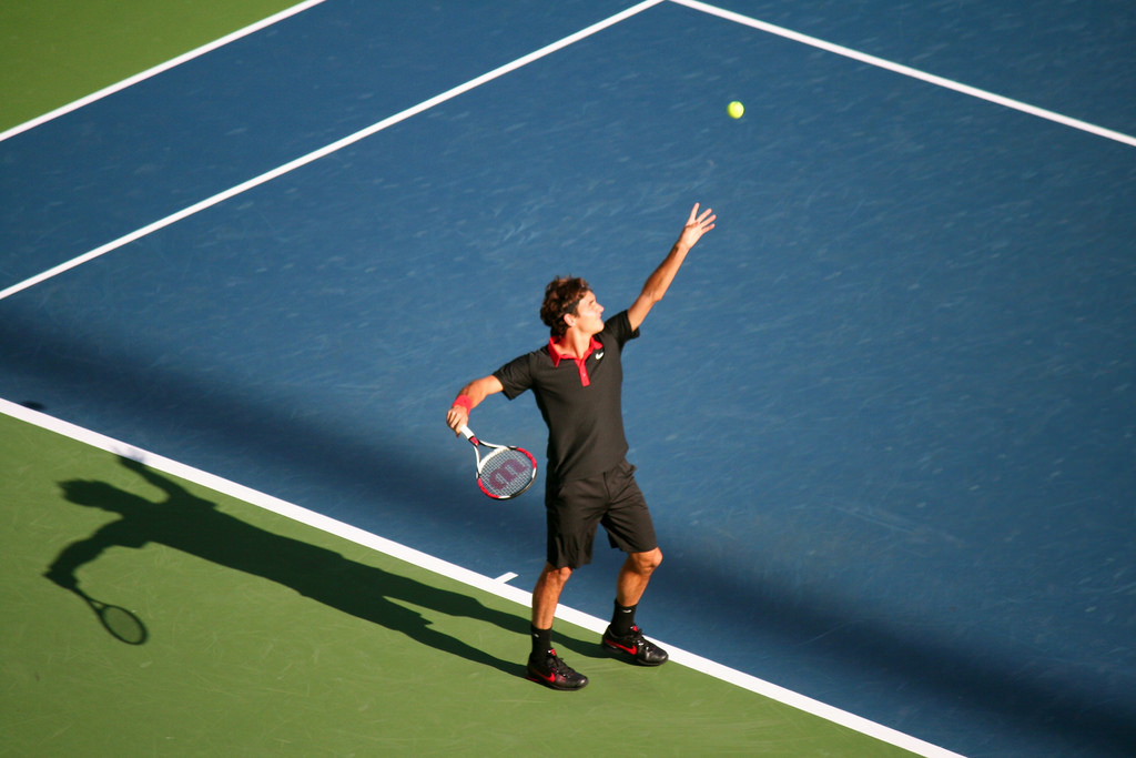 Roger Federer at the 2009 US Open. Credit: bosstweed/Flickr, CC BY 2.0 (tennis)