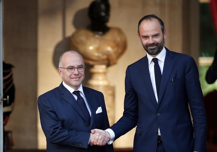 Pope sends congratulations to new French leader