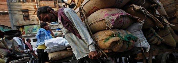 An Economic Crisis Is Slowly Building up in India's Informal Economy