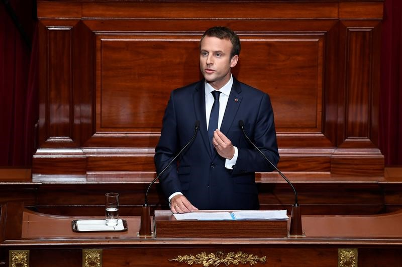 French President Emmanuel Macron delivers a speech during a special congress gathering both houses of parliament (National Assembly and Senate) at the Versailles Palace, near Paris, France, July 3, 2017. REUTERS/Eric Feferberg/Pool