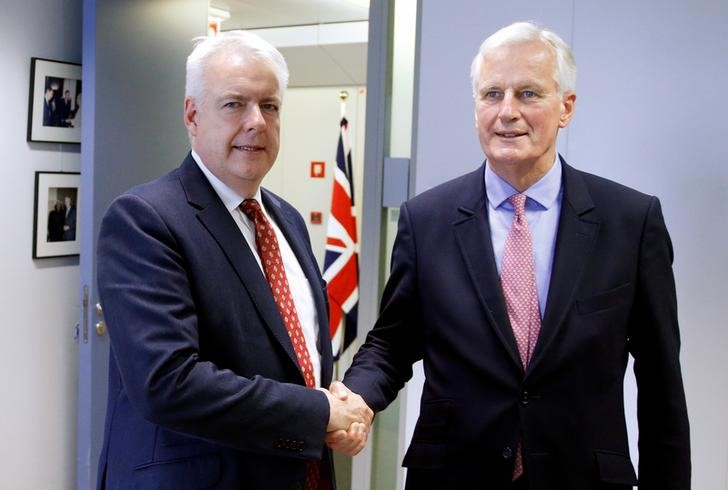 Wales' first minister Carwyn Jones poses with the EU's chief Brexit negotiator Michel Barnier ahead of a meeting at the EU Commission headquarters in Brussels, Belgium, July 13, 2017. Credit: Reuters/Francois Lenoir