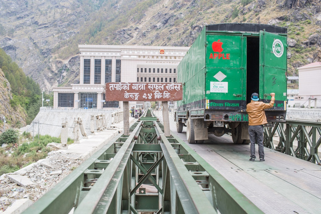 A truck preparing to enter into China at Nepal's boarder to Tibet in Rasuwagadhi. Credit: Nabin Baral/The Third Pole