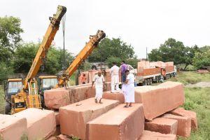 Stones arrive in Ayodhya.