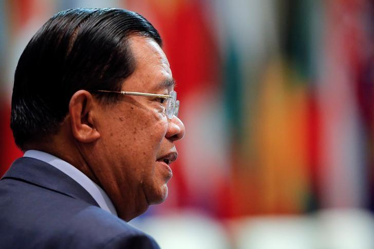 Cambodia's Prime Minister Hun Sen prepares for the opening session of the Asia-Europe Meeting summit in Ulaanbaatar, Mongolia, July 15, 2016. Credit: Reuters/Damir Sagolj