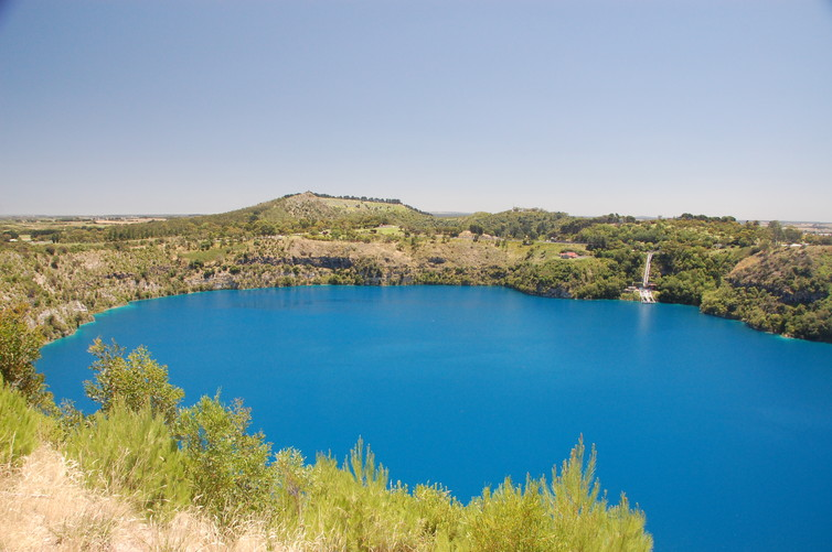 Mount Gambiers Blue Lake is in a volcanic crater. Credit: Pierre Roudier/flickr