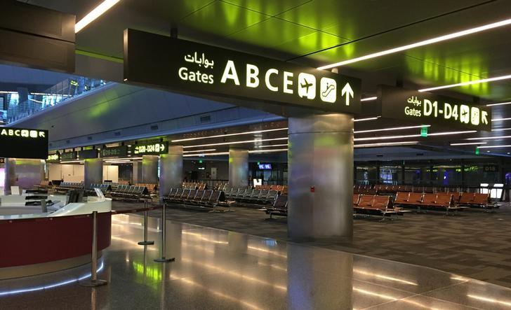 View of departures area at Hamad International airport in Doha, Qatar, June 20, 2017. Picture taken June 20, 2017. Credit: Reuters/Deepa Babington/Files