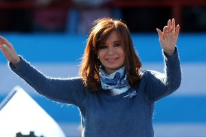 Former Argentine president Cristina Fernandez de Kirchner waves during a rally in Buenos Aires, Argentina, June 20, 2017. Credit: Reuters/Marcos Brindicci