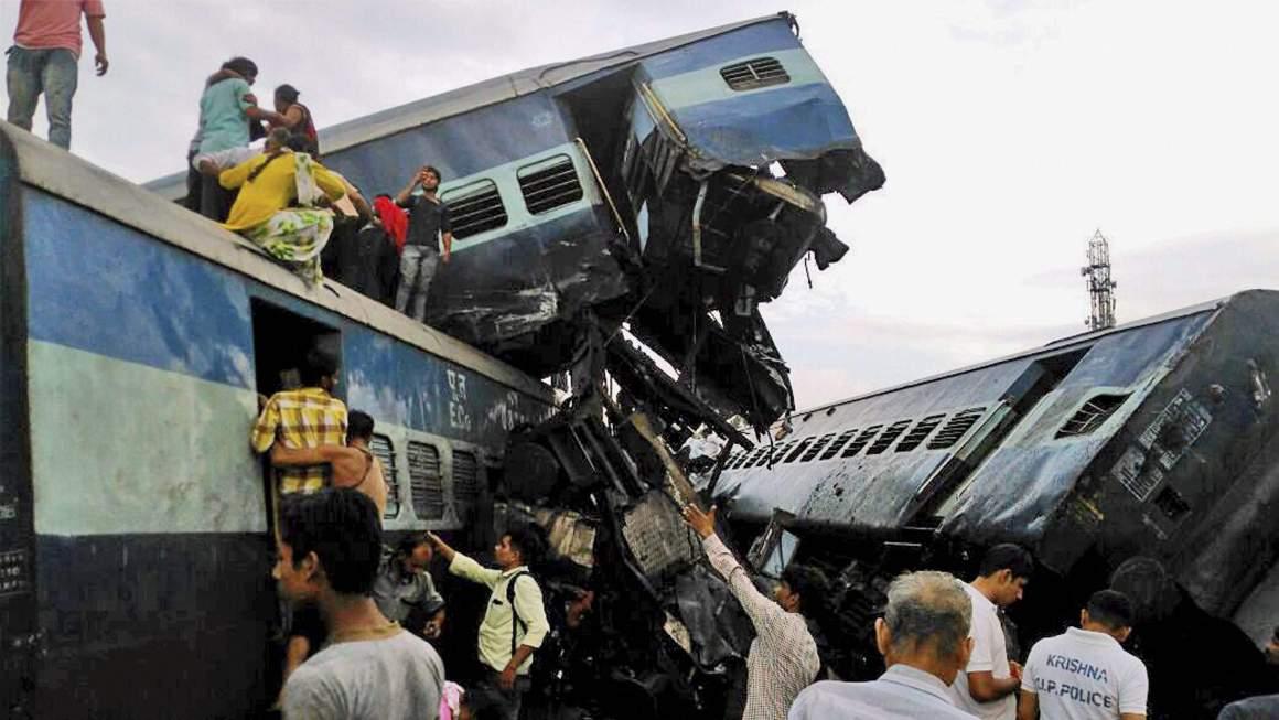 Utkal Express derailment in Uttar Pradesh