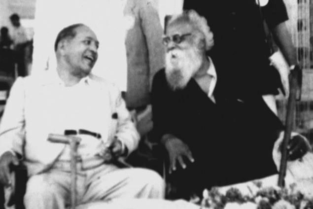 Periyar (R) and B.R. Ambedkar. Credit: Wikimedia Commons
