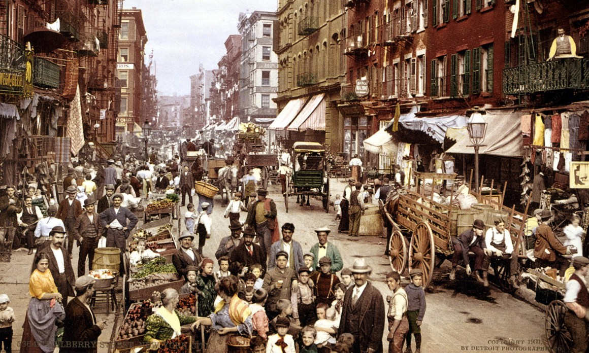 Mulberry Street, Little Italy, New York, c1900. Courtesy Wikipedia