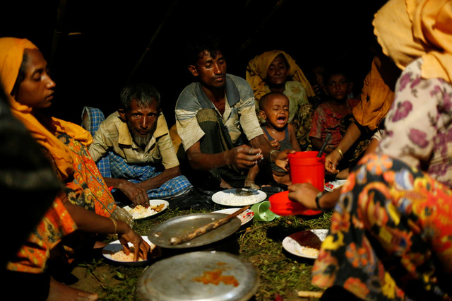 Torrential Downpour Floods Temporary Shelters of Conflict-fleeing Rohingya