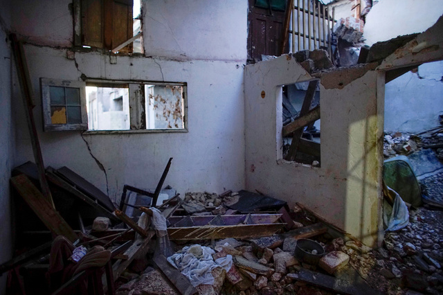 A view of an apartment where two people have died when the walls collapsed during the passage of Hurricane Irma, according to state-run media, in Havana, Cuba, September 15, 2017. Credit: Reuters