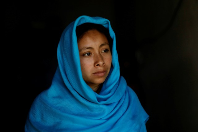 Anisa, 20, a Muslim from the Tzotzil Maya ethnic group, poses for a photograph dressed in a hijab made from a traditional Maya shawl, in San Cristobal de las Casas, in Chiapas state, Mexico, August 12, 2017. Credit: Reuters/Edgard Garrido/Files