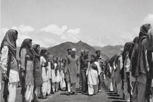 Jawaharlal Nehru inspecting the women's militia, Srinagar, 1948. Photo courtesy of India Picture. Courtesy: History Workshop