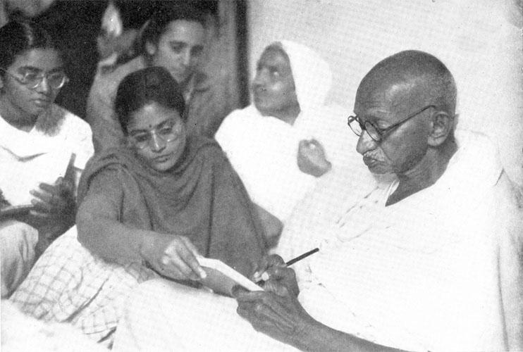 Mahatma Gandhi writing a letter in January 1948. Courtesy: mkgandhi.org