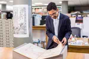 Sunil Amrith, 2017 MacArthur Fellow, Harvard University, Cambridge, Mass., on Sept. 15, 2017. Credit: John D. & Catherine T. MacArthur Foundation, CC BY-SA