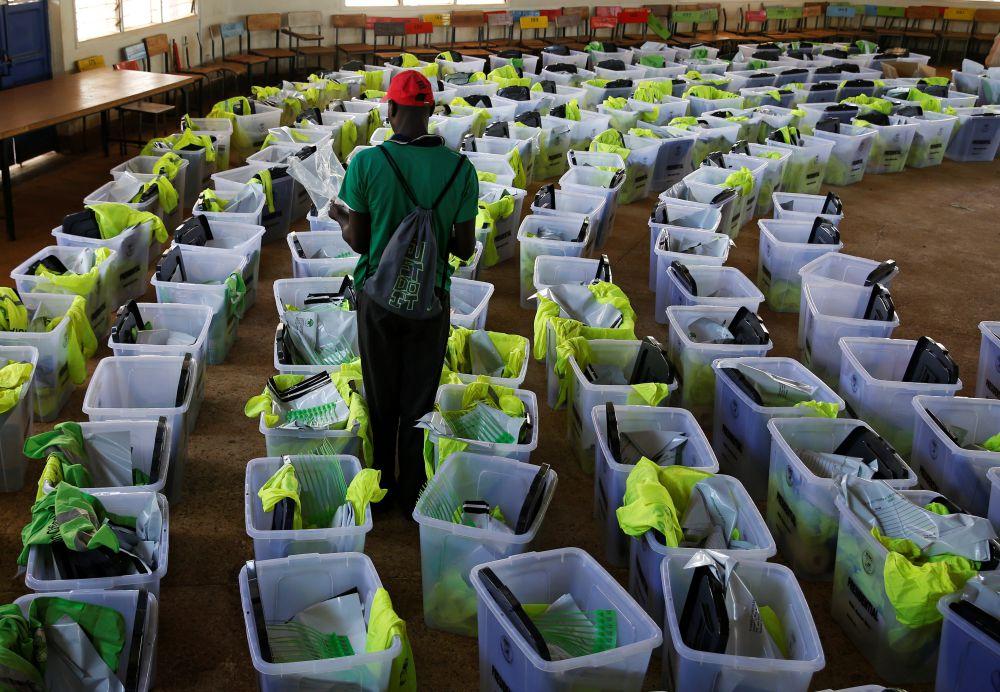 Ballot boxes and election materials are seen at a tallying centre in Kisumu, Kenya October 27, 2017. Credit: Reuters/Baz Ratner