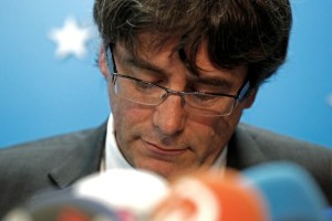 Sacked Catalan leader Carles Puigdemont attends a news conference at the Press Club Brussels Europe in Brussels, Belgium, October 31, 2017. Credit: Reuters/Yves Herman