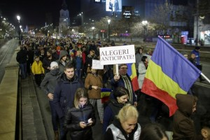 People march in protest against the ruling Social Democrats' plans to overhaul judicial legislation in Bucharest, Romania, November 5, 2017. Inquam Photos/Octav Ganea/via Credit: Reuters