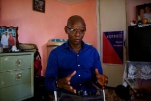 Manuel Cuesta Morua, spokesman for opposition electoral platform Otro18, speaks during an interview in Havana, Cuba, November 2, 2017. Picture taken on November 2, 2017. Credit: Reuters/Alexandre Meneghini
