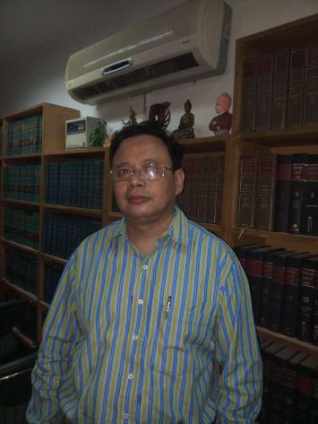 SC advocate and Prabajan Virodhi Manch leader Upamanyu Hazarika. Credit: Sangeeta Barooah Pisharoty.