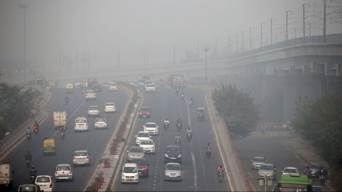 Several studies have suggested a link between maternal exposure to ambient air pollution during pregnancy and reduced birth weight, low birth weight or small for gestational age. Credit: Reuters