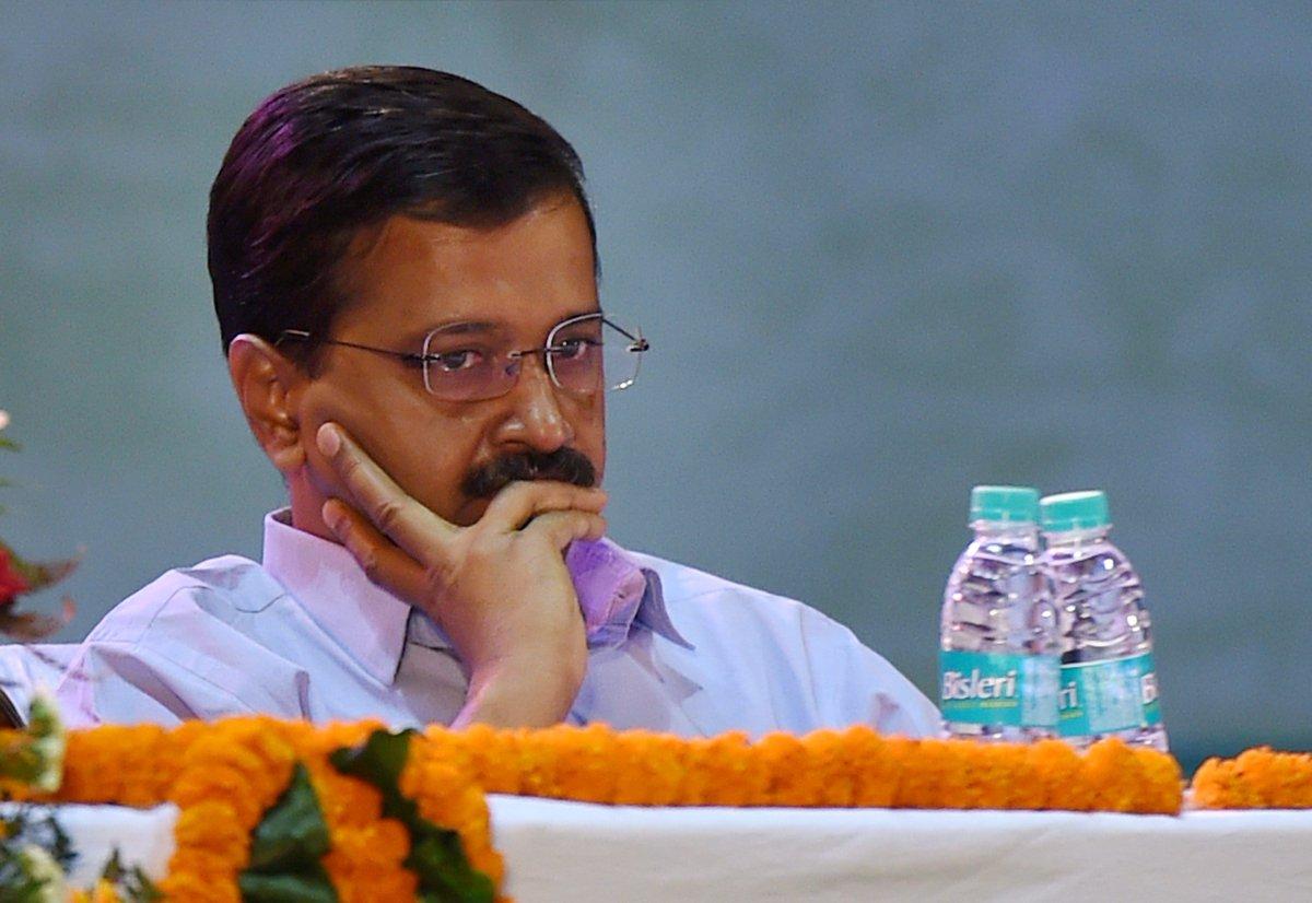 सीएम आवास पहुंची पुलिस, आप ने कहा- पुलिसराज में दिल्ली में लोकतंत्र की हत्या