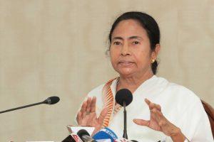 पश्चिम बंगाल की मुख्यमंत्री ममता बनर्जी (फोटो: पीटीआई)
