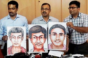 "Bangalore: Over a month after journalist Gauri Lankesh was shot dead outside her house in Bengaluru's upscale locality, Karnataka Police  released sketches of the suspected killers and asked for ""public help."" The Special Investigation Team, which is probing the murder, has also released a video of the suspects that they obtained from CCTVs during the investigation. PTI Photo(PTI10_14_2017_000069B)"