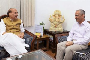 New Delhi: Dineshwar Sharma, former Director of Intelligence Bureau, calling on the Union Home Minister, Rajnath Singh, after being appointed as the Representative of Government of India to initiate dialogue in Jammu and Kashmir, in New Delhi on Monday. PTI Photo / PIB (PTI10_23_2017_000209B)