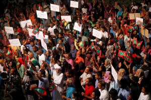 Opposition supporters protest against the government's delay in releasing their jailed leaders, including former president Mohamed Nasheed, despite a Supreme Court order, in Male, Maldives, February 4, 2018. REUTERS/Stringer